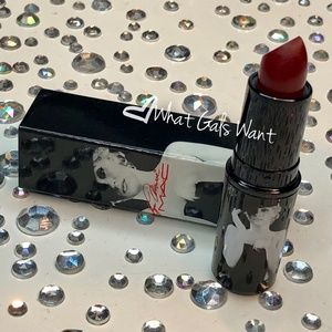 "MAC MARILYN MONROE ""Deeply adored"" lipstick *NE"